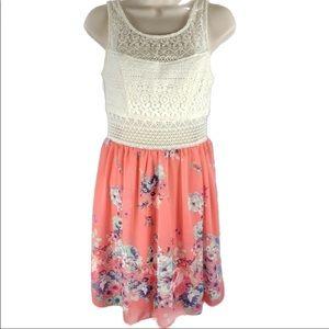 TRIXXI Size 11 Floral Dress